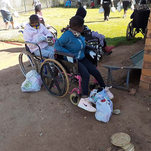 Siyakholwa-Support-Care-Centre_COVID-19-–-back-to-school-image-2