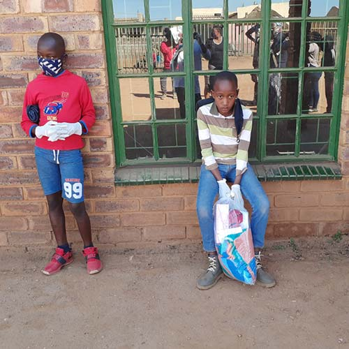 Siyakholwa-Support-Care-Centre_COVID-19-–-back-to-school-image-3