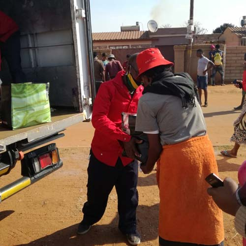 Siyakholwa Support Care Centre_COVID-19 – pandemic food distribution image 13